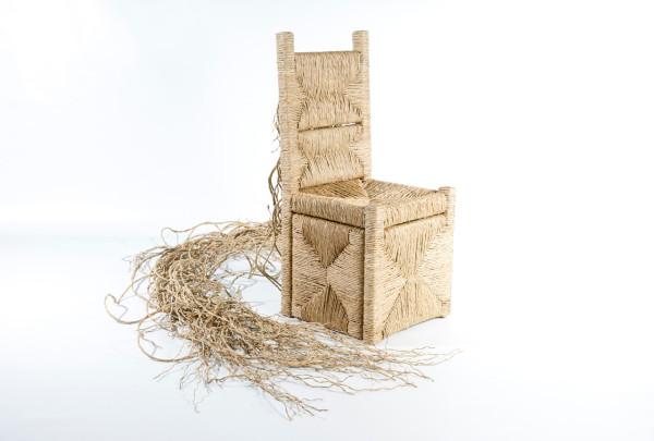 Last-Supper-Chairs-Exhibition-4-Giuda-Iscariota