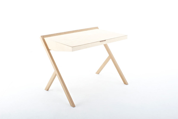 Pinched-Desk