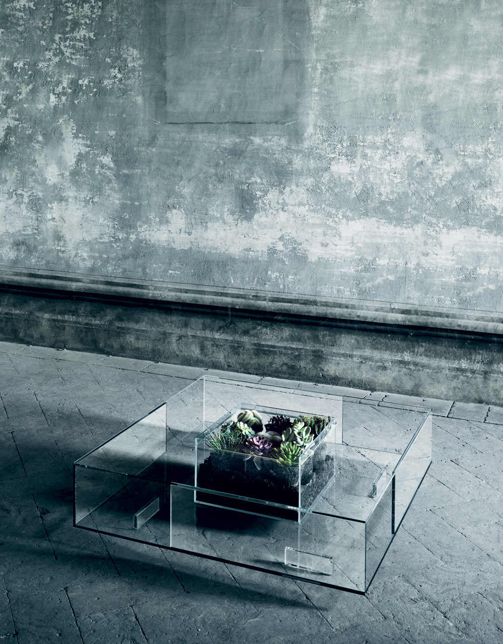 All In Glas.A Glass Table For All Seasons By Jean Marie Massaud Design Milk