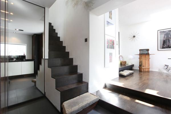 Seventeen-MplusA-London-House-10a-stairs