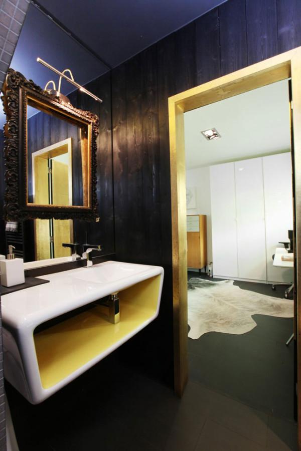 Seventeen-MplusA-London-House-13-bath-TC