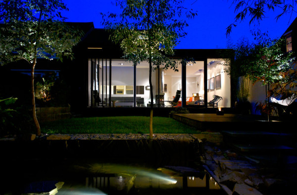 Seventeen-MplusA-London-House-16-ext-TC