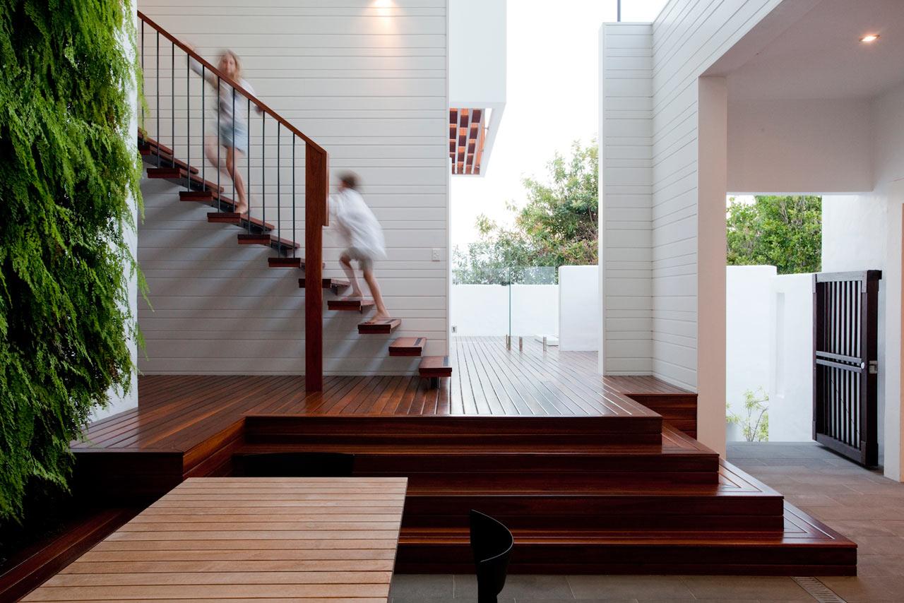 Sunshine-Beach-House-Wilson-Architects-14