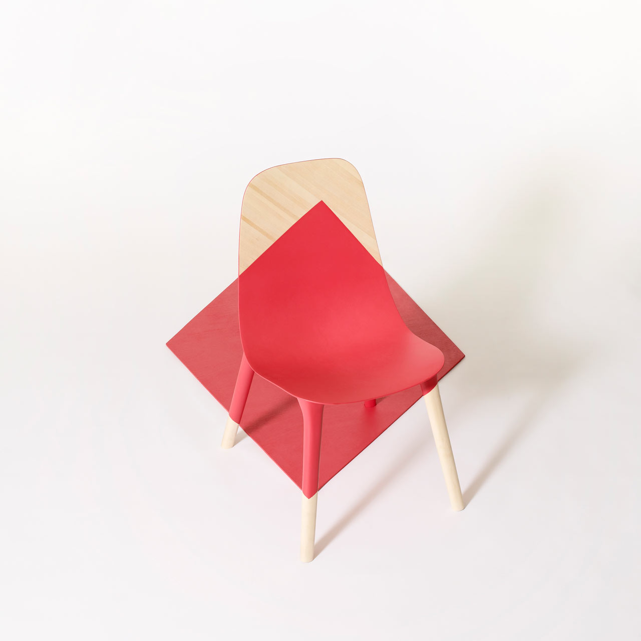 A Chair Designed to Trick Your Eye: Baby Pop