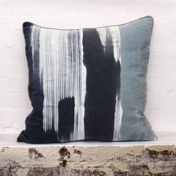 Handmade Batch Textiles from Line on The Side