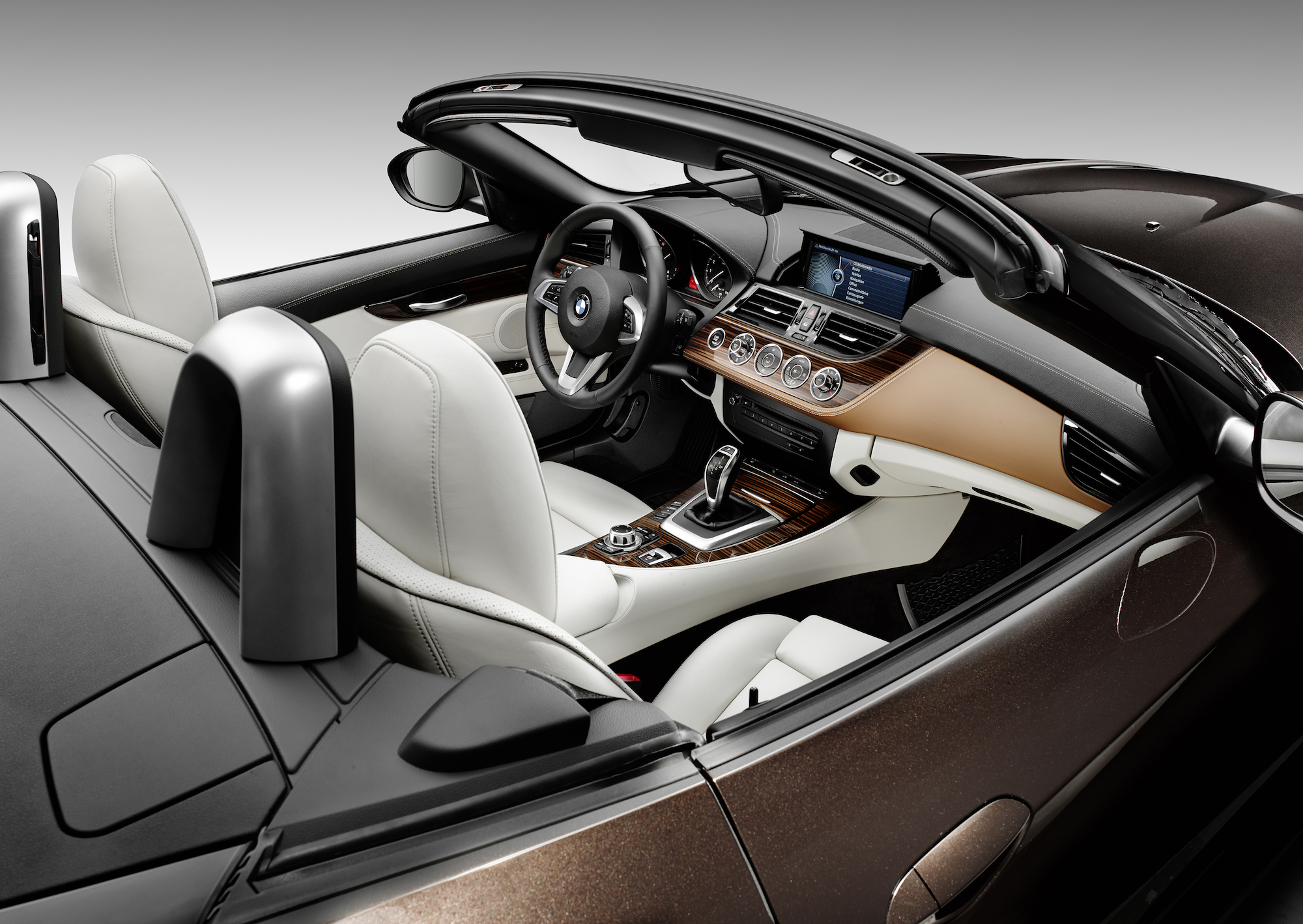 BMW's Z4 Roadster Gets a Modern Update