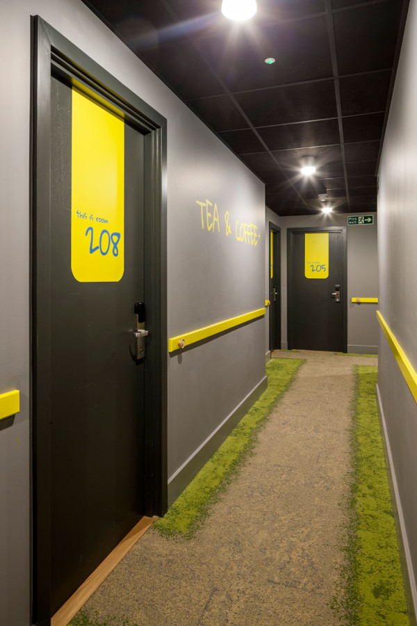 Qbic: Charming Pod Style Hotel for the Budget Conscious in main interior design  Category