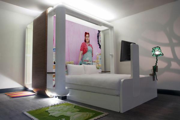 Destin-QBic-Hotel-London-Blacksheep-14