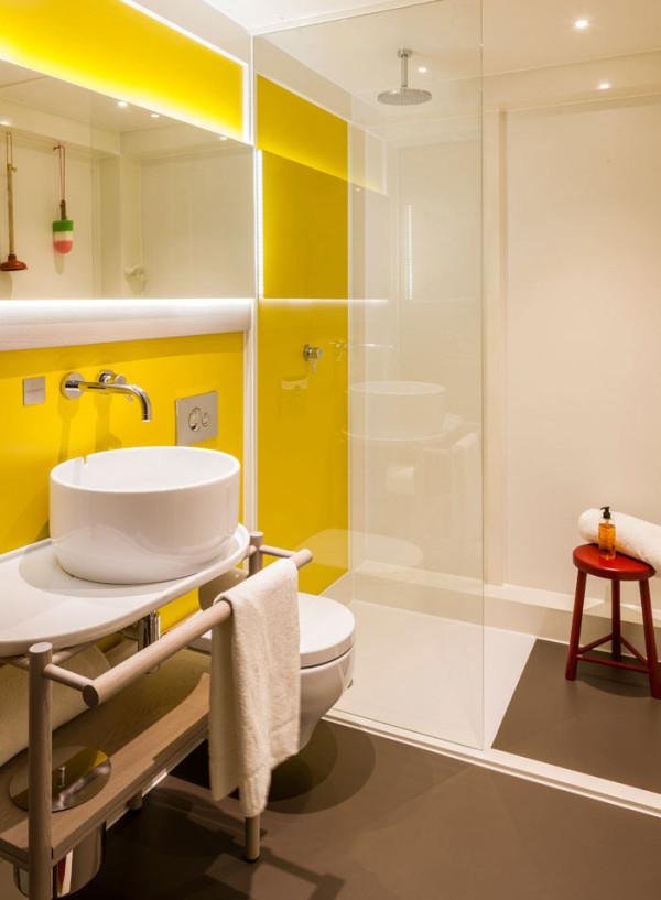 Destin-QBic-Hotel-London-Blacksheep-15-bath