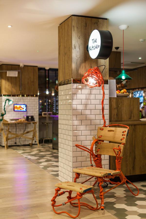Destin-QBic-Hotel-London-Blacksheep-7-kitchen