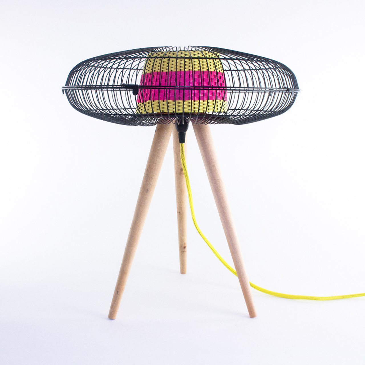 Fantasized: Discarded Fans Become Lighting