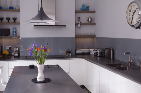 Kempson-Road-House-Giles-Pike-Archiects-7-kitchen