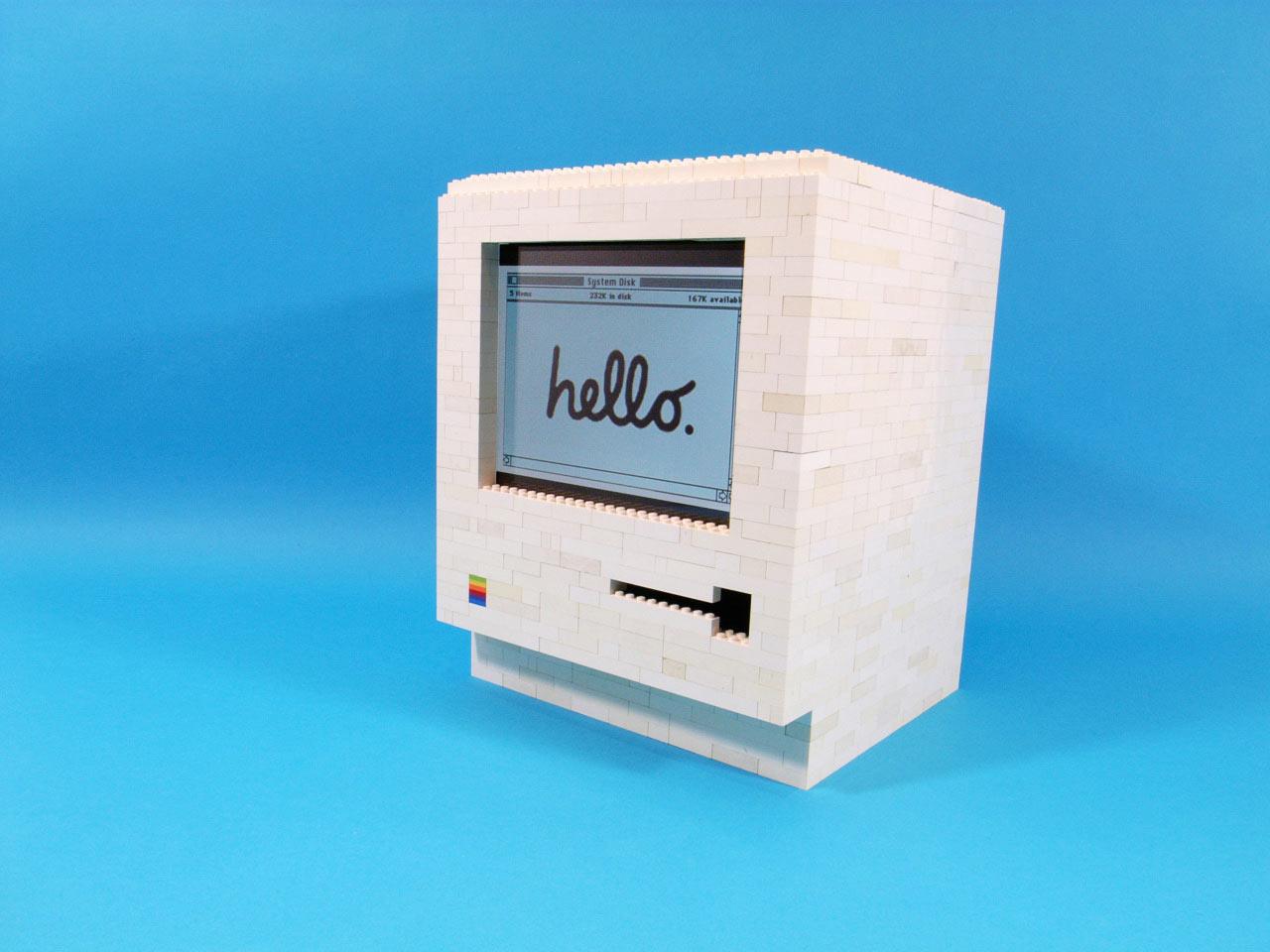 A LEGO 1984 Classic Macintosh Built for the iPad