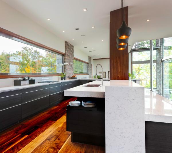 M-22-House-Michael-Fitzhugh-8-kitchen