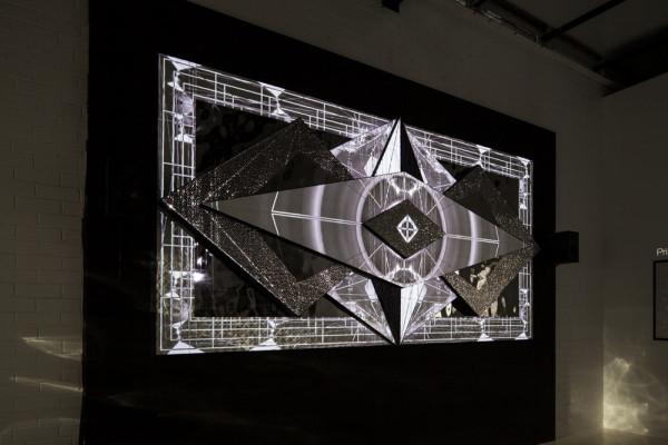 Porcelana-Kit-Webster-3D-tiles-Sculpture-1
