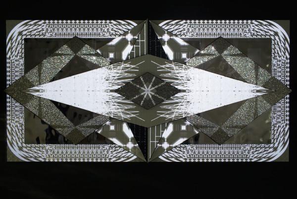 Porcelana-Kit-Webster-3D-tiles-Sculpture-12