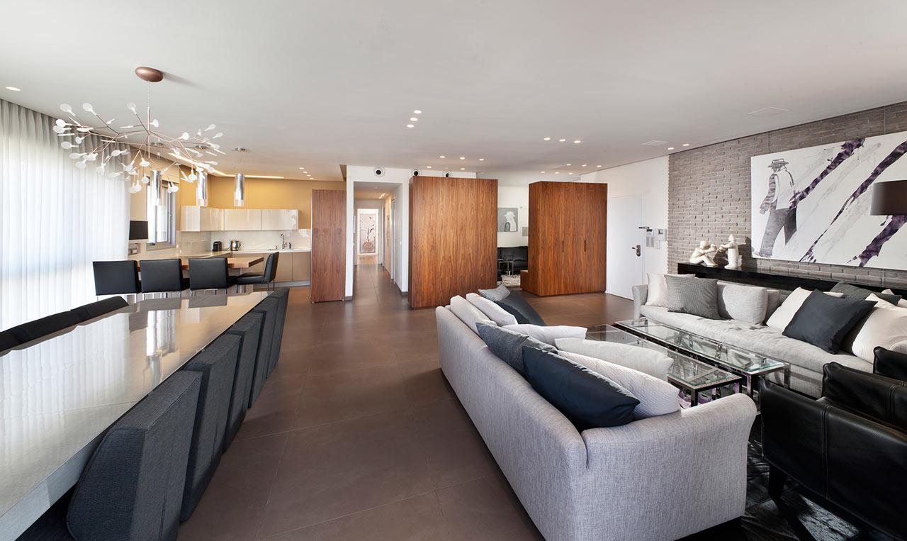 Urban Apartment by Architect Michal Schein