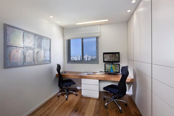 Urban-Apartment-Michal-Schein-13-office