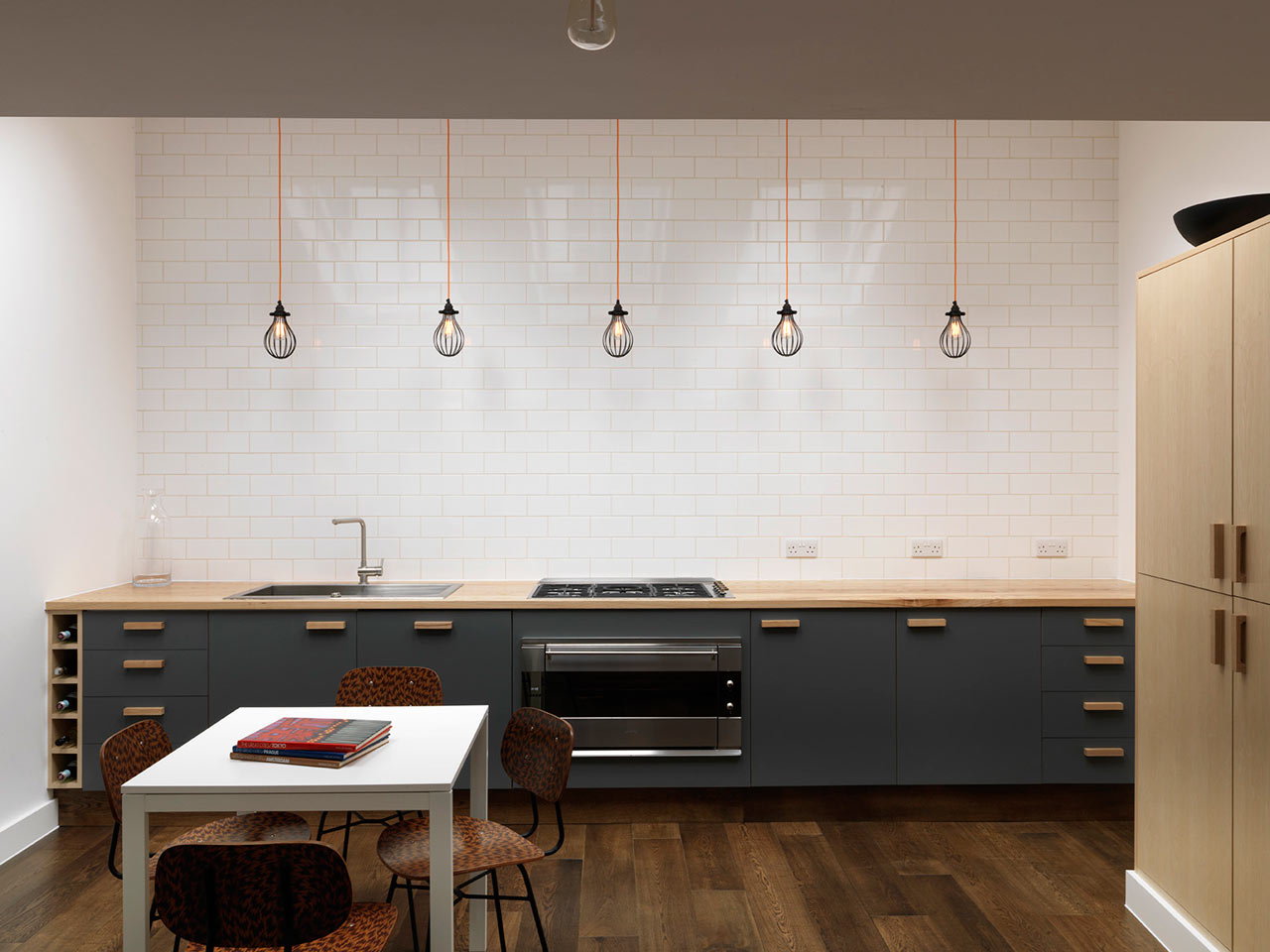 """backReturn to """"Earl's Court House Interior by Studio MacLean"""""""