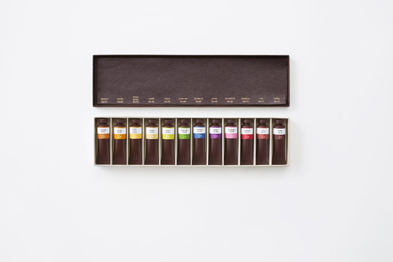 nendo-chocolate-paint-oil-set-5