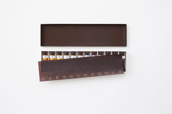 nendo-chocolate-paint-oil-set-6