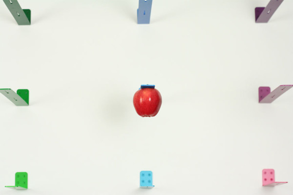 newton-apple-holder-4