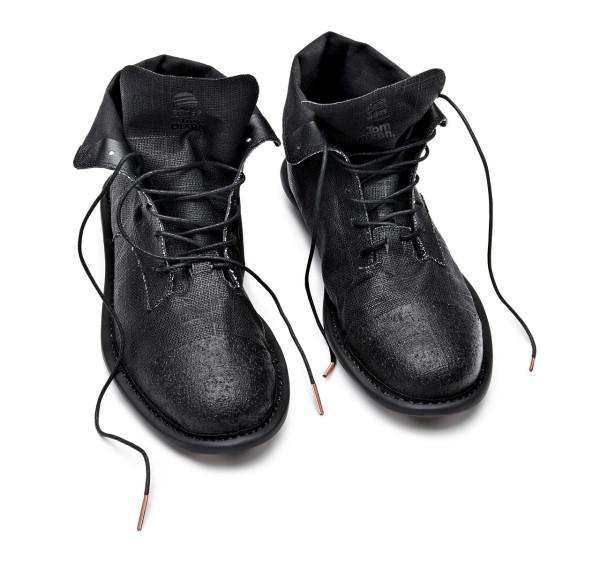 tom-dixon-adidas-shoes-black-pair