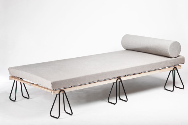 trestle-bed-1