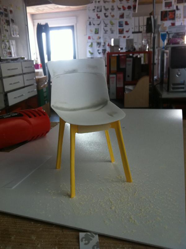 Decon-Motek-Chair-CASSINA-Luca-Nichetto-7-model