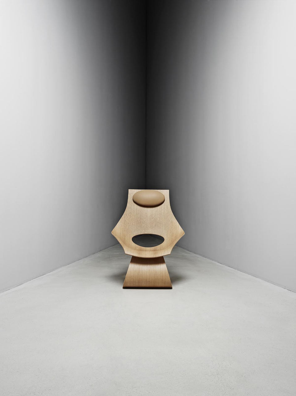 Dream-Chair-Tadao-Ando-Carl-Hansen-3