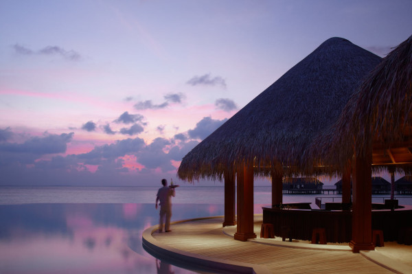 Dusit-Thani-Maldives-Hotel-Resort-19-sand-bar