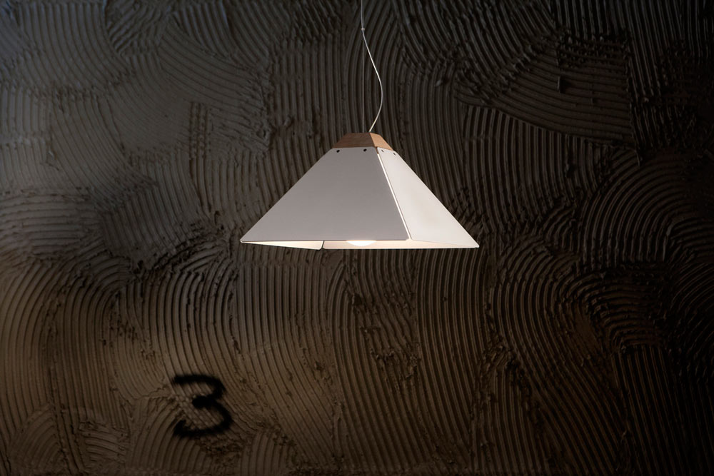 Fat-Giza-lamp-White