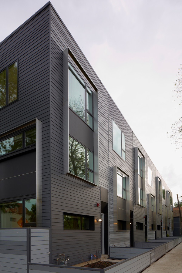 Flexhouse-Multi-Family-Building-4-Marty-Peters