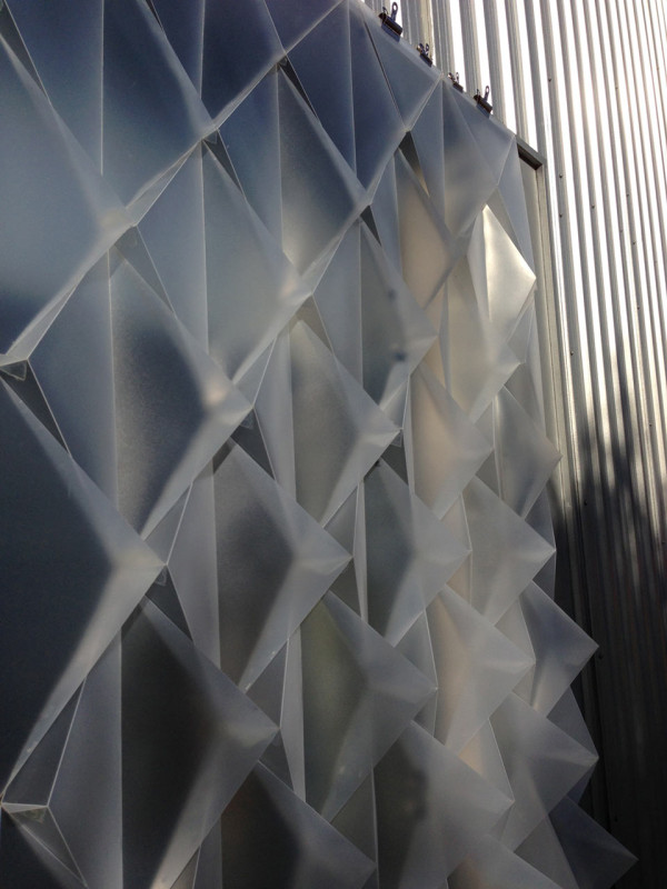 An Interactive, Temporary Building Façade by Mahsa Vanaki in main art architecture  Category