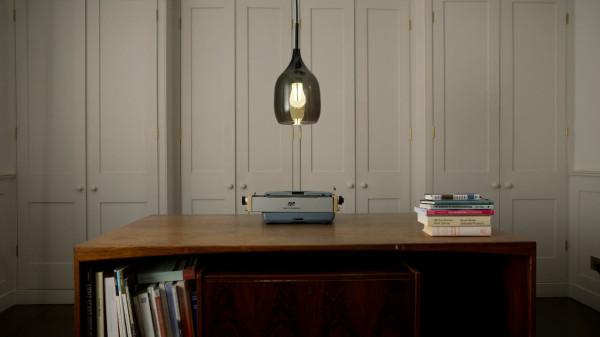 Plumen-002-Designer-Low-Energy-Light-Bulb-12