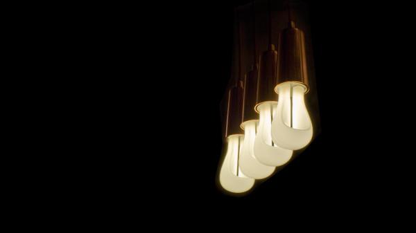 Plumen-002-Designer-Low-Energy-Light-Bulb-4