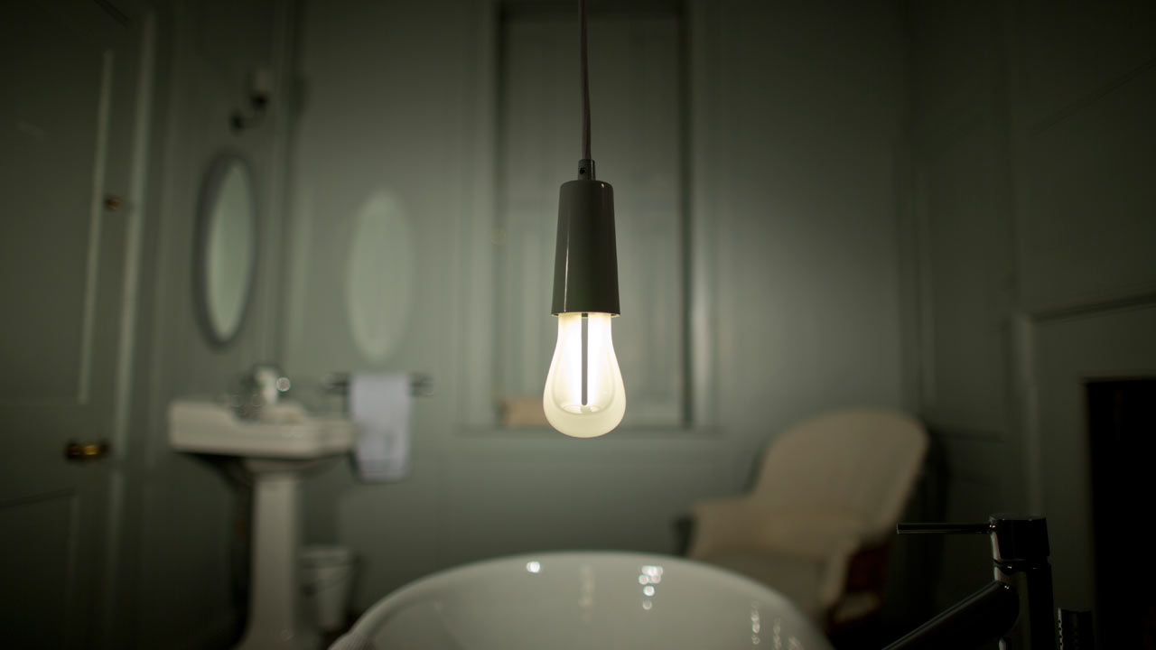 Plumen-002-Designer-Low-Energy-Light-Bulb-8