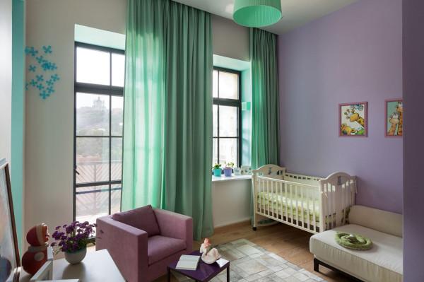 Podil-Loft-Apartment-Serghii-Makhno-16-baby