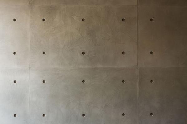 Podil-Loft-Apartment-Serghii-Makhno-9-wall-closeup