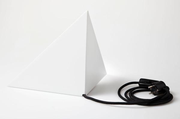 Put-Baby-In-The-Corner-Lamp-Scharp-10-back