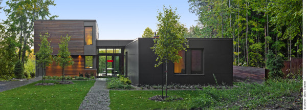 T HOUSE: A Modern Country Retreat in Quebec in main architecture  Category