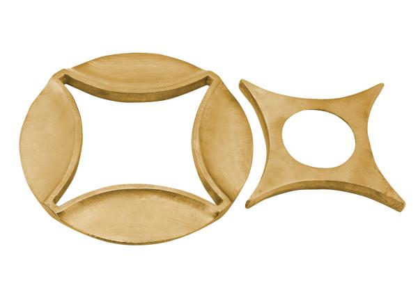Tom-Dixon-2014-Accessories-6-Arc-trivet