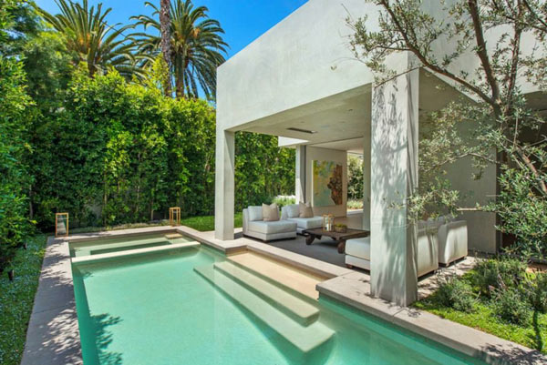 West-Knoll-House-Amit-Apel-Design-12-backyard2