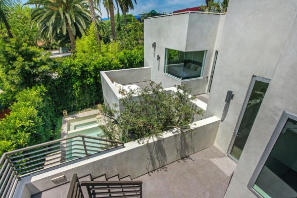 West-Knoll-House-Amit-Apel-Design-15
