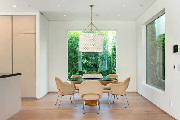 West-Knoll-House-Amit-Apel-Design-7-breakfast-room