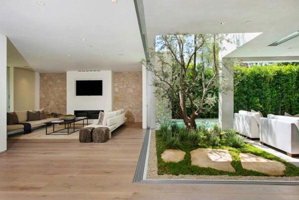 West-Knoll-House-Amit-Apel-Design-9-indoor-outdoor
