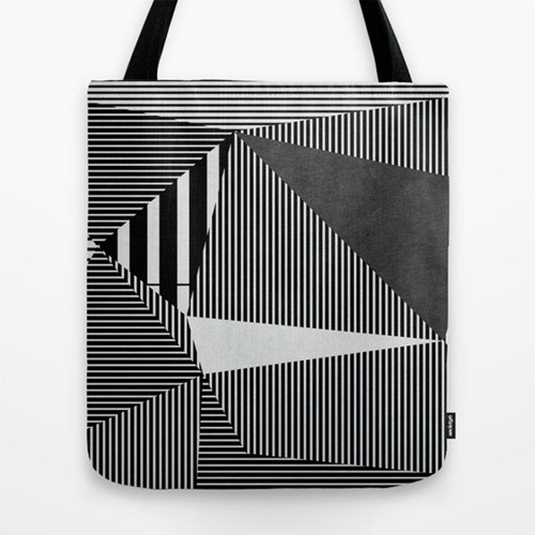 black-white-graphic-pattern-tote-bag