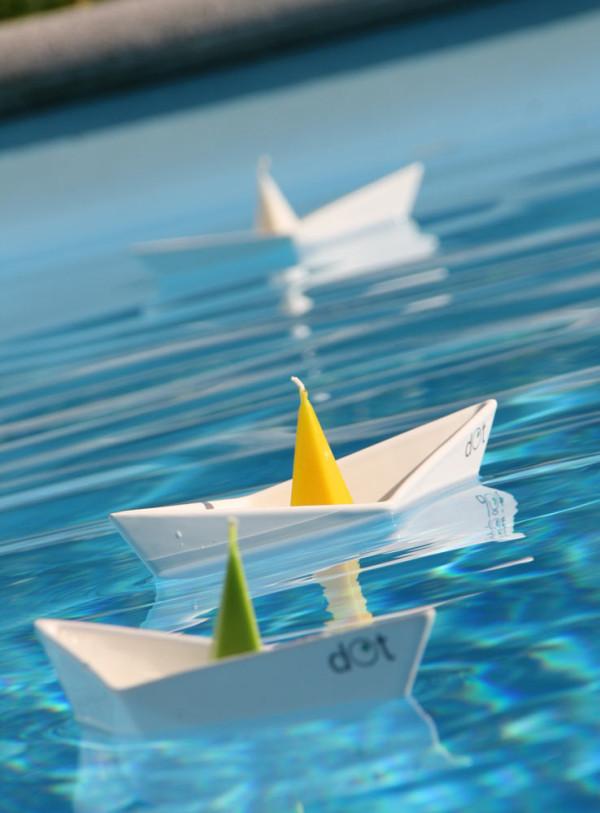dOt-Boat-Floating-Candleholders-2