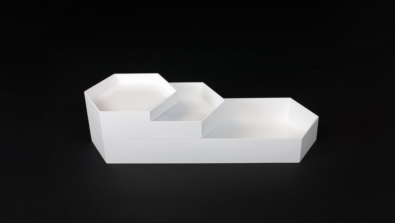 hex-white-set-of-trays