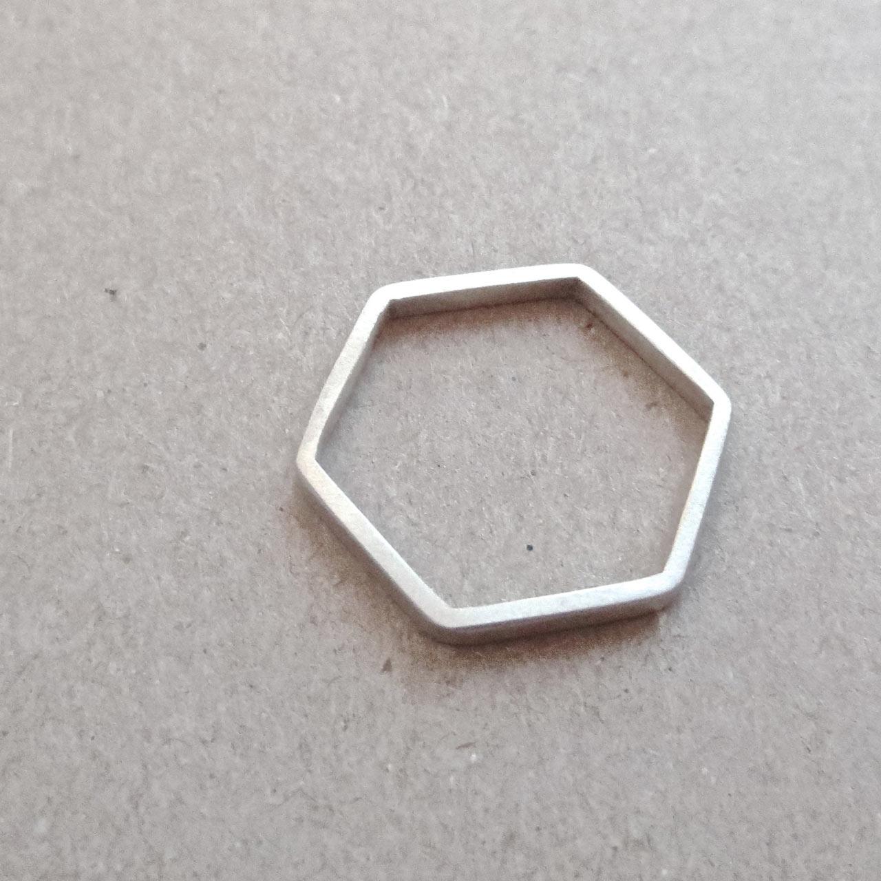 hexagonal-skinny-ring